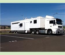 8 Horse Truck with the WOW Factor