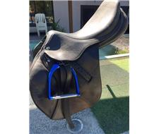 17inch Hoy Balloo jumping saddle