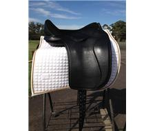 SoftTree Dressage Saddle