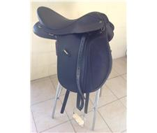 Wintec Wide 17 All Purpose Saddle