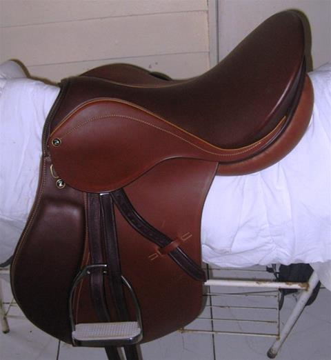 "Zaldi Royal 17.5"" All Purpose Saddle"