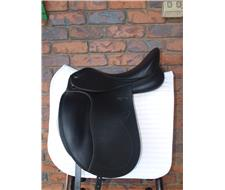Techna S8 Dressage Saddle