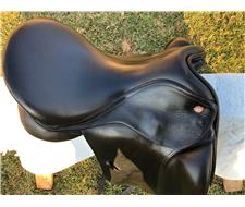 Kent and Master - Dressage Saddle