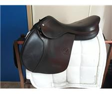 17 Amerigo Vega Jump Saddle