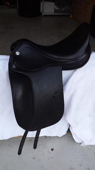 Prestige D1 Dressage Saddle 17