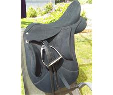 Wintec pro endurance saddle for sale