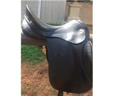 KN RHAPSODIE DRESSAGE SADDLE
