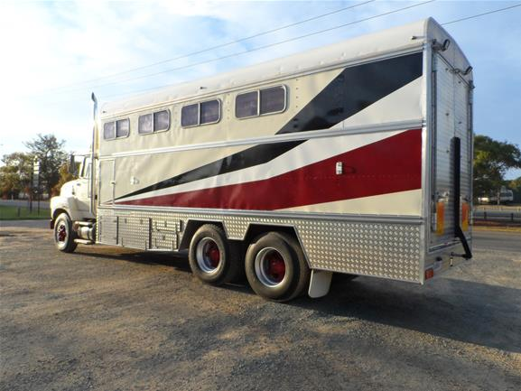 6 Horse Truck for Sale - Low K